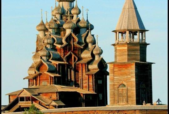 Największa drewniana cerkiew świata - Cerkiew Przemienienia Panskiego