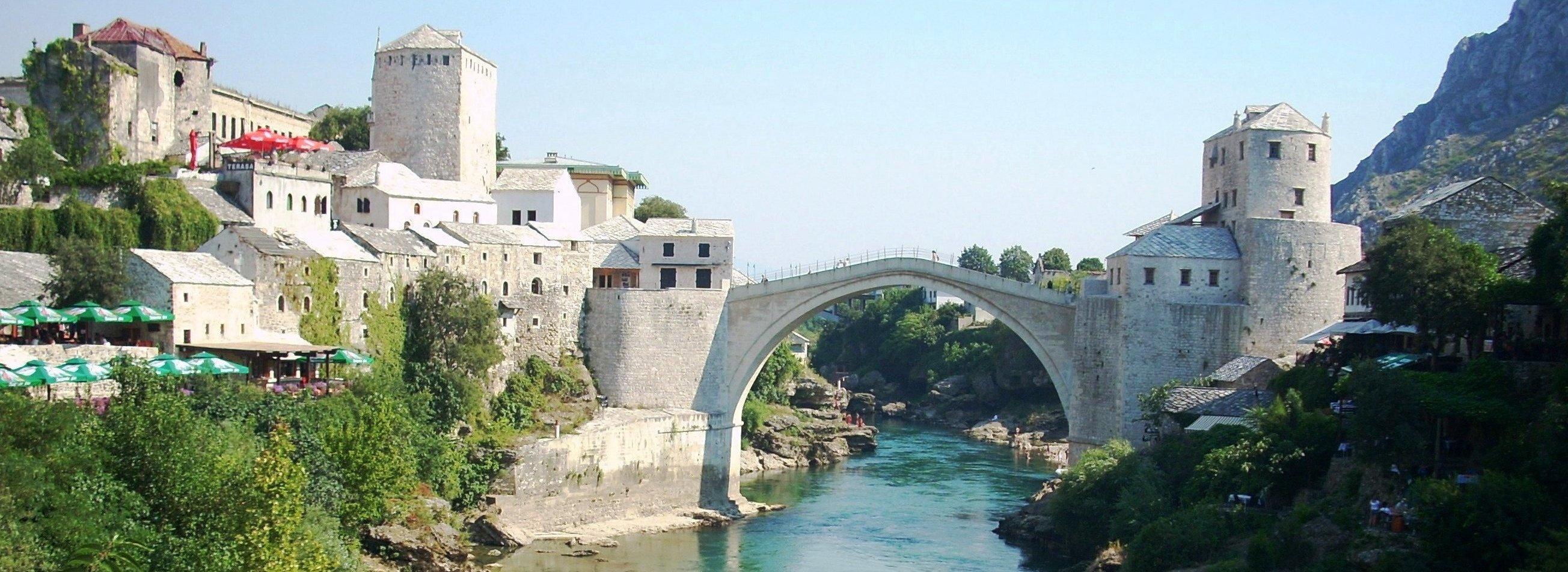 Most Mostar panorama Bośnia