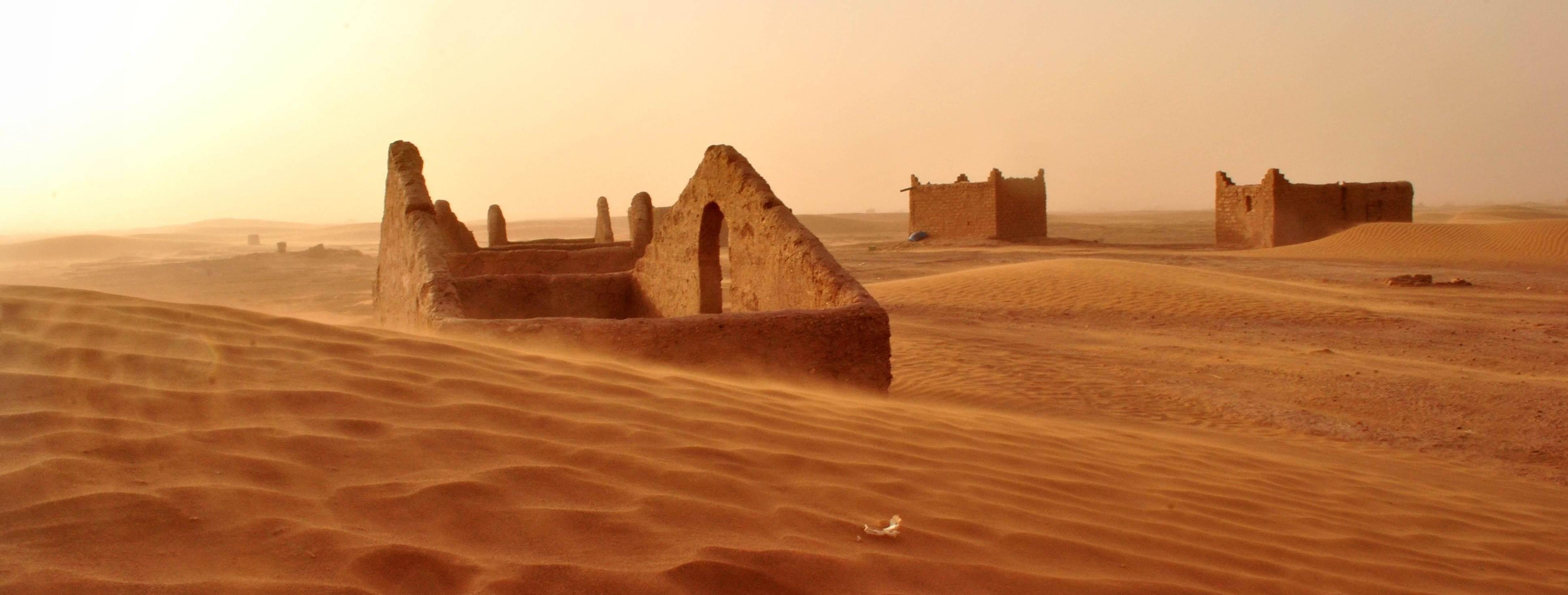 Sahara piaski pustyni dawna wioska Maroko