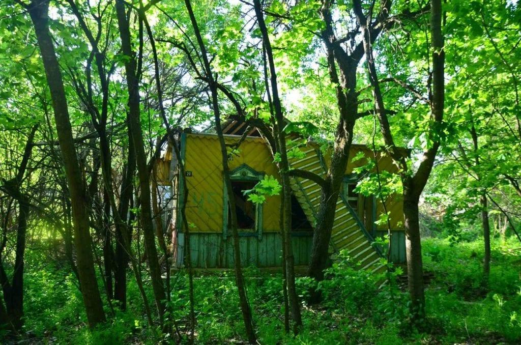Białoruś - zona - opuszczona wieś