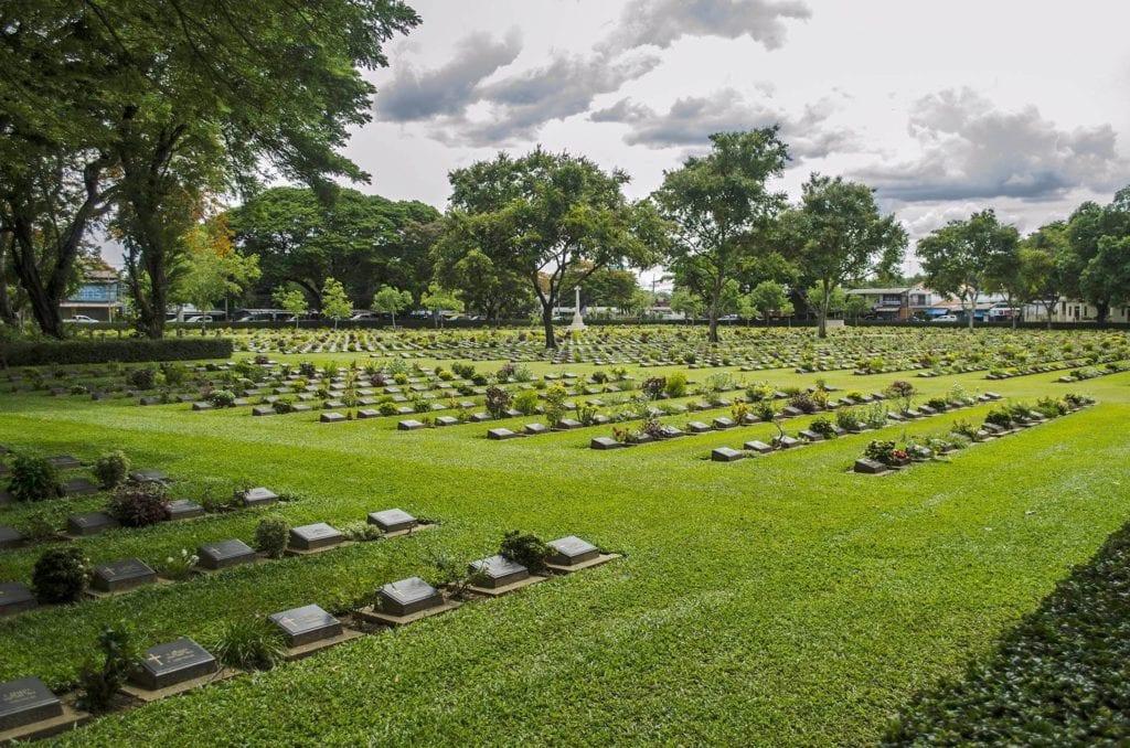Cmentarz wojenny w Kanchanaburi