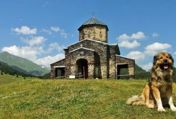 Tuszetia. Kamienny monastyr w Tuszetii