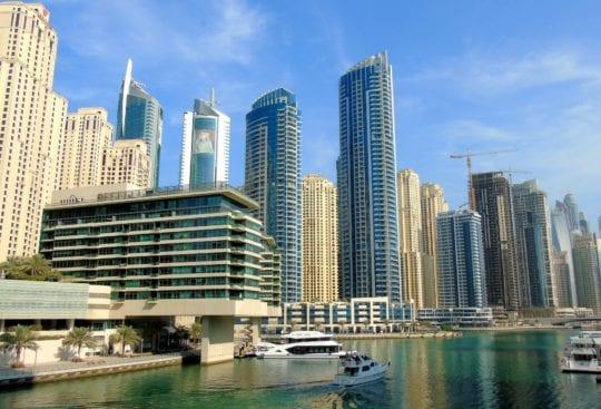 Dubai Marina, drapacze chmur to jeden z symboli tej dzielnicy i symboli miasta.