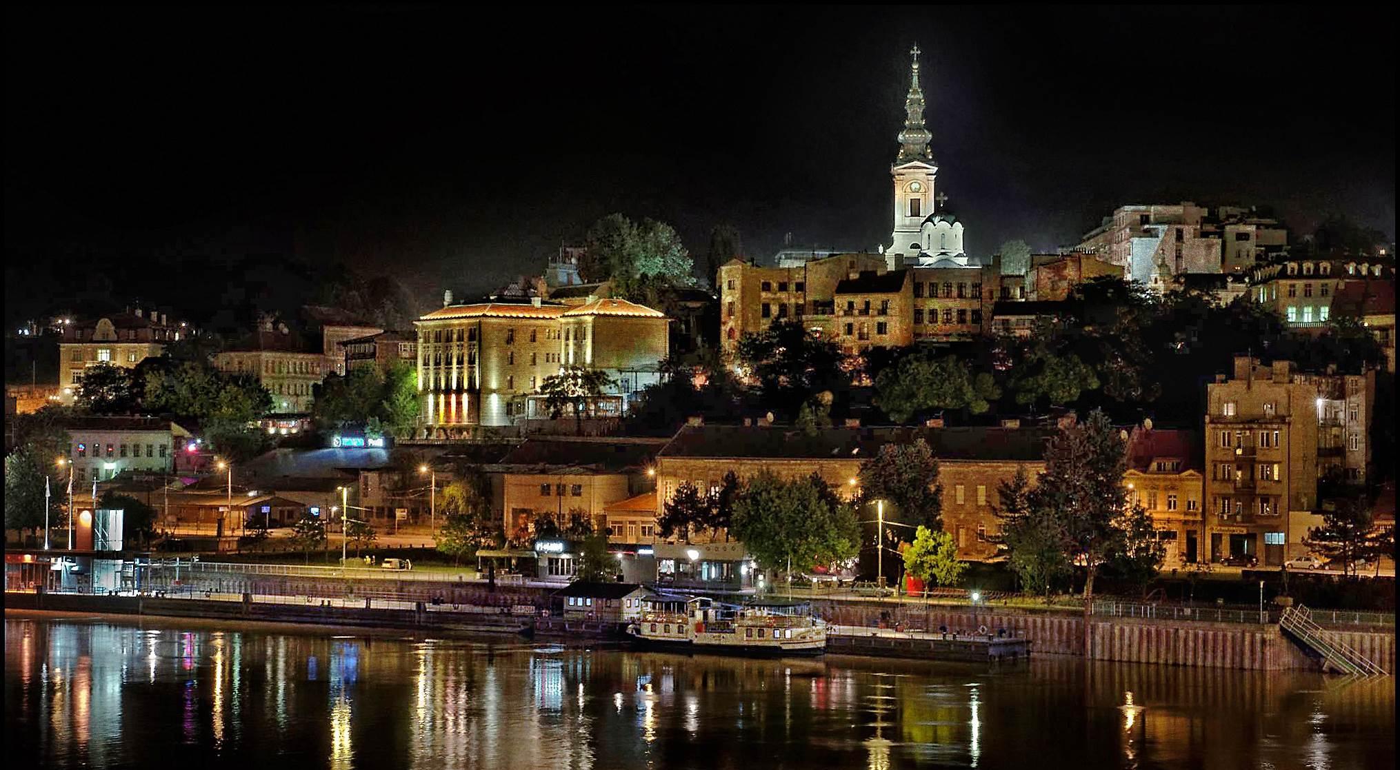 Belgrad nocą, Serbia