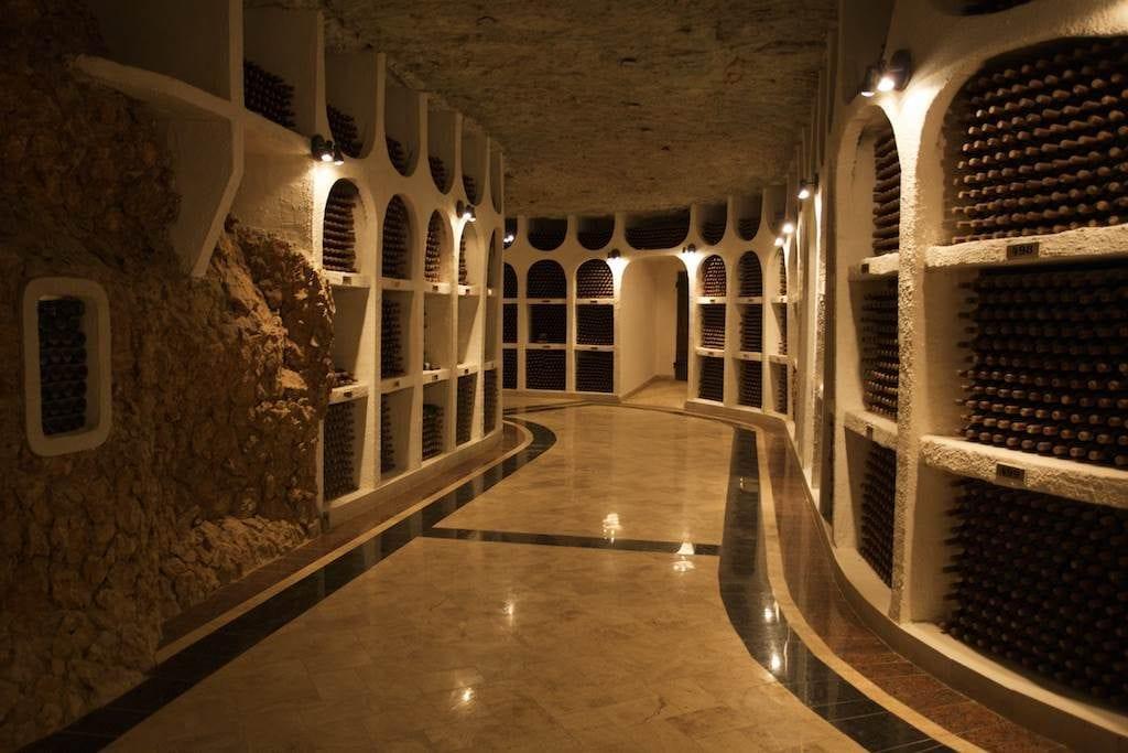 Podziemne piwnice z winem, Cricova Mołdawia