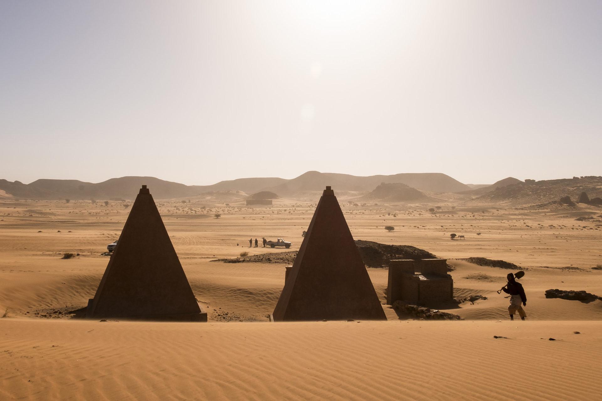 piramidy-nubijskie-meroe-suda
