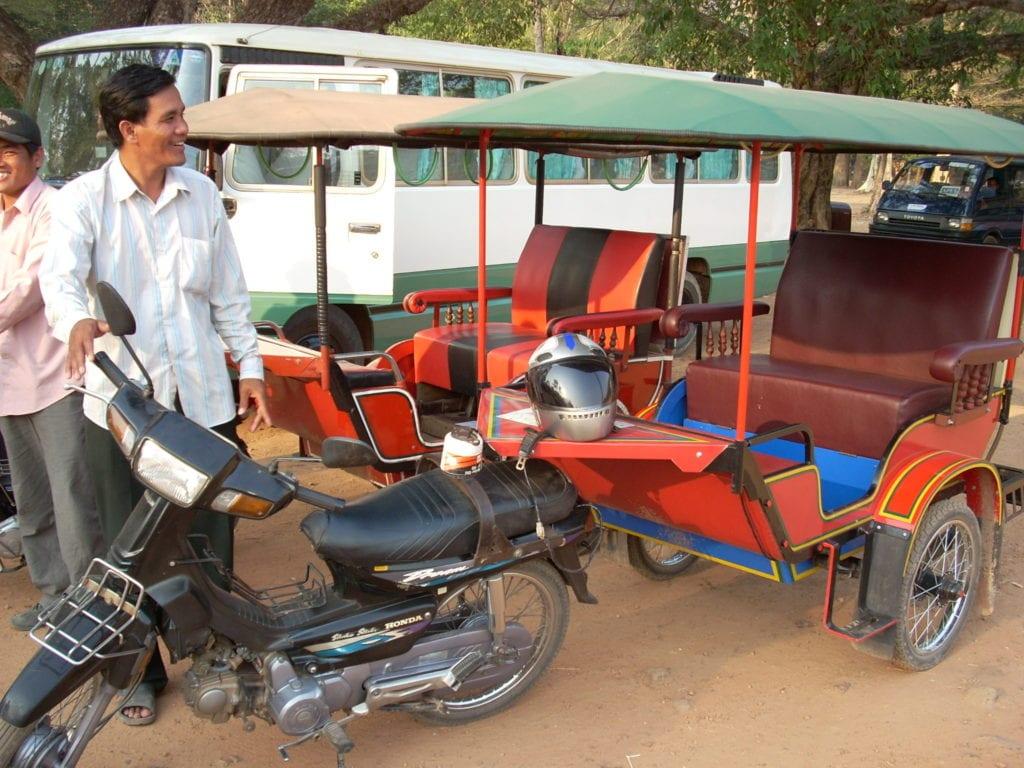 Tuk Tuk w Kambodży Angkor
