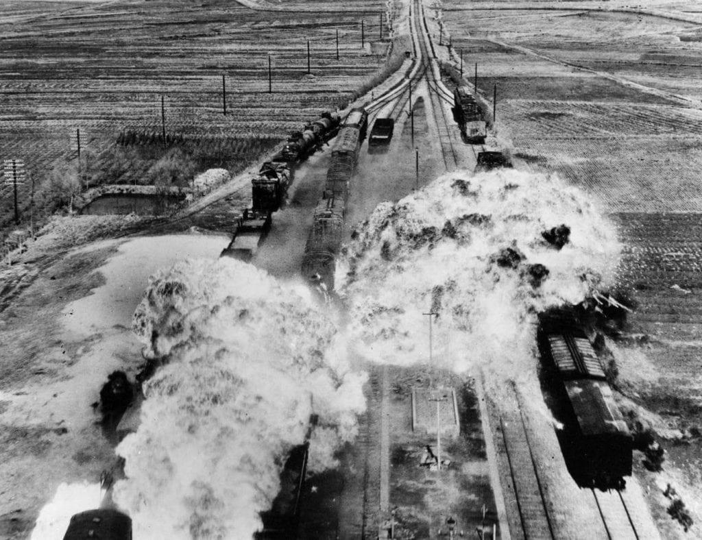 Wojna w Korei, naloty USA
