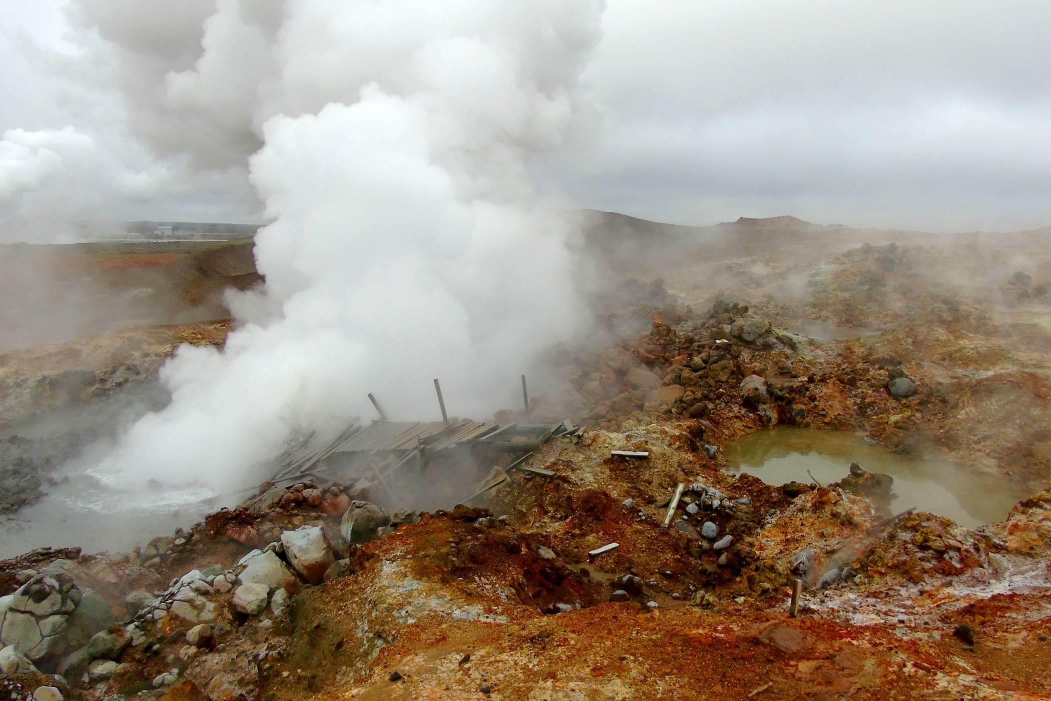 Pole geotermalne Gunnuhver Islandia