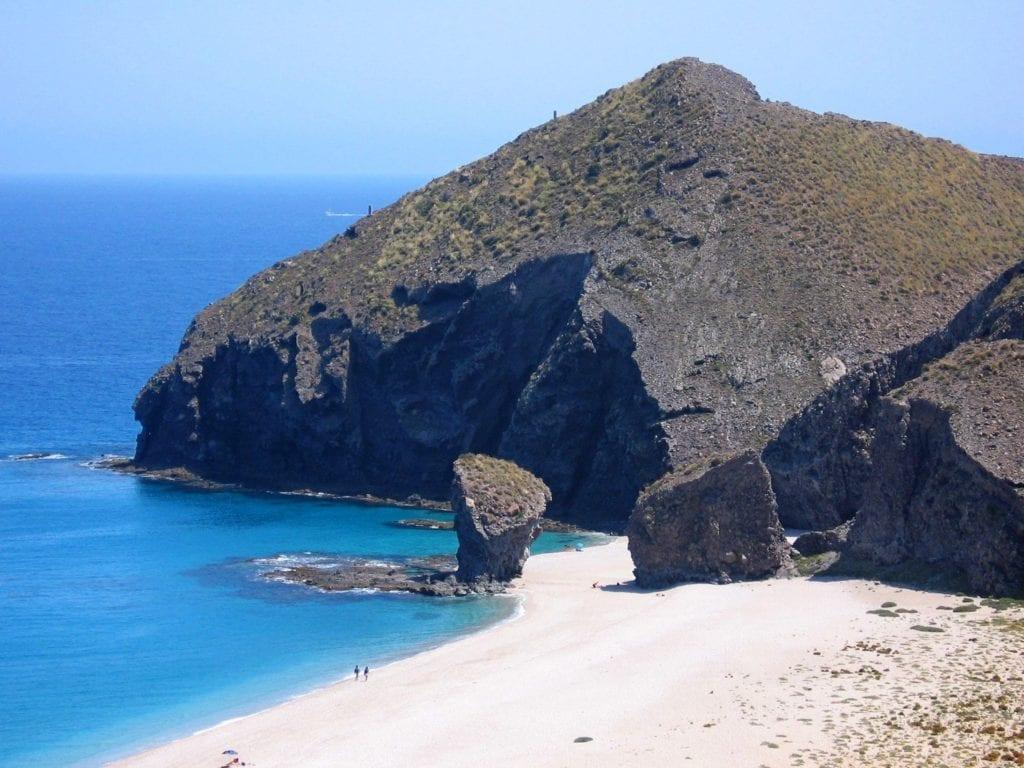 Plaża nudystów w Hiszpanii
