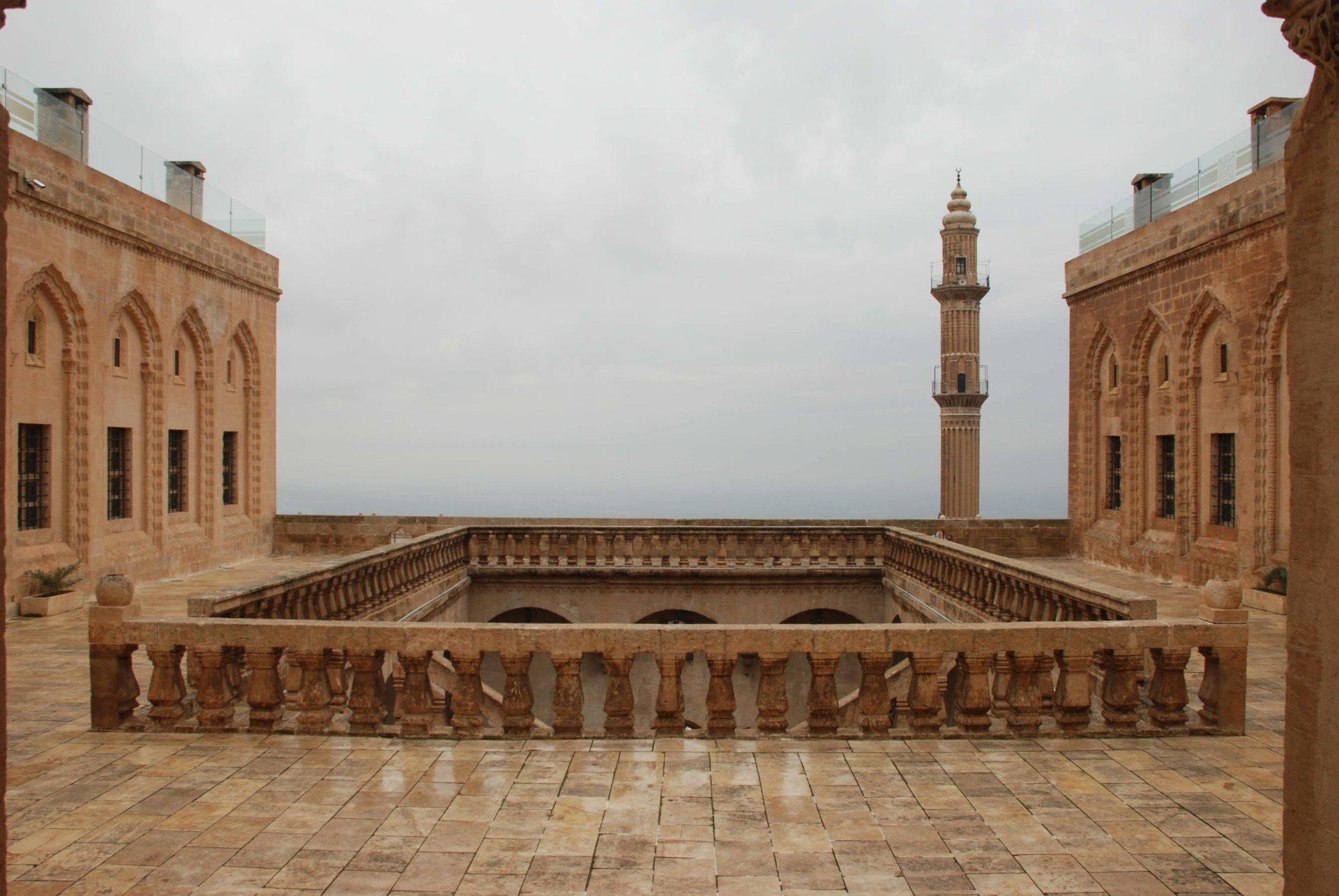 fot. Marta Burza, Uniwersytet w Mardin, charakterystyczna architektura