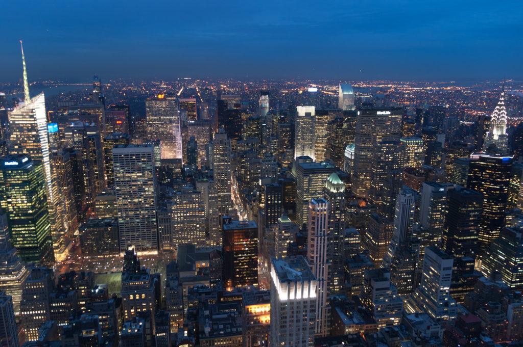 Nowy Jork nocą | dlaczego warto pojechać do USA?