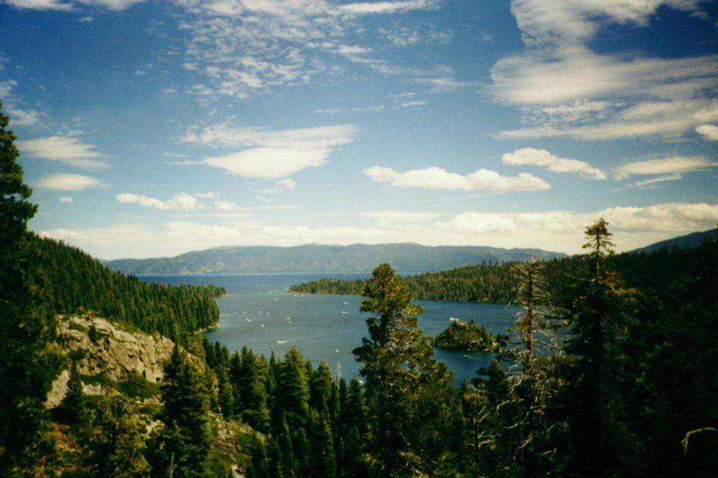 Zatoka w Lake Tahoe